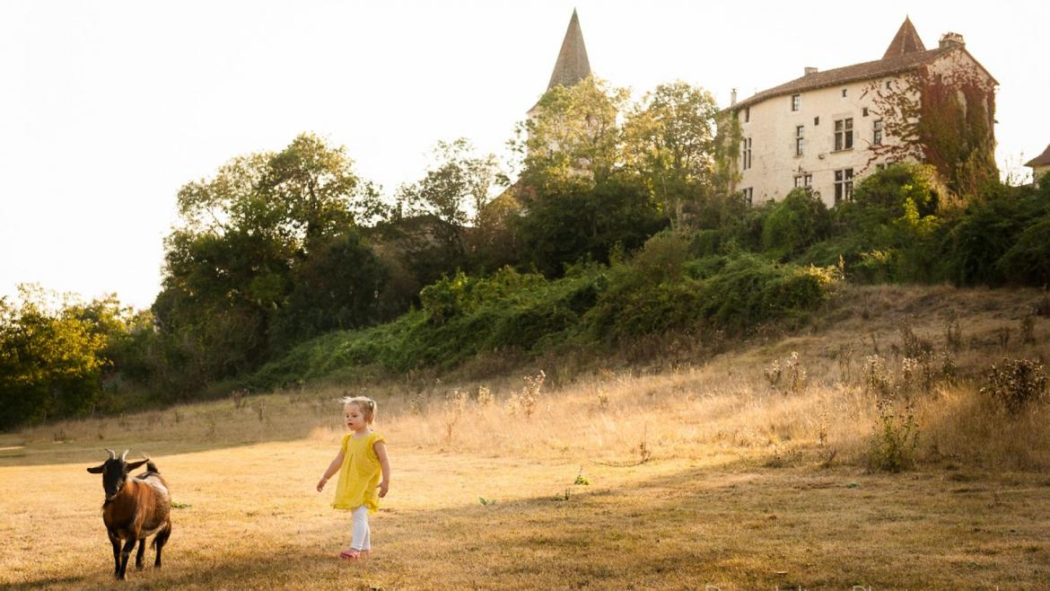 baby and toddler friendly, child-friendly holiday cottages in the Charente