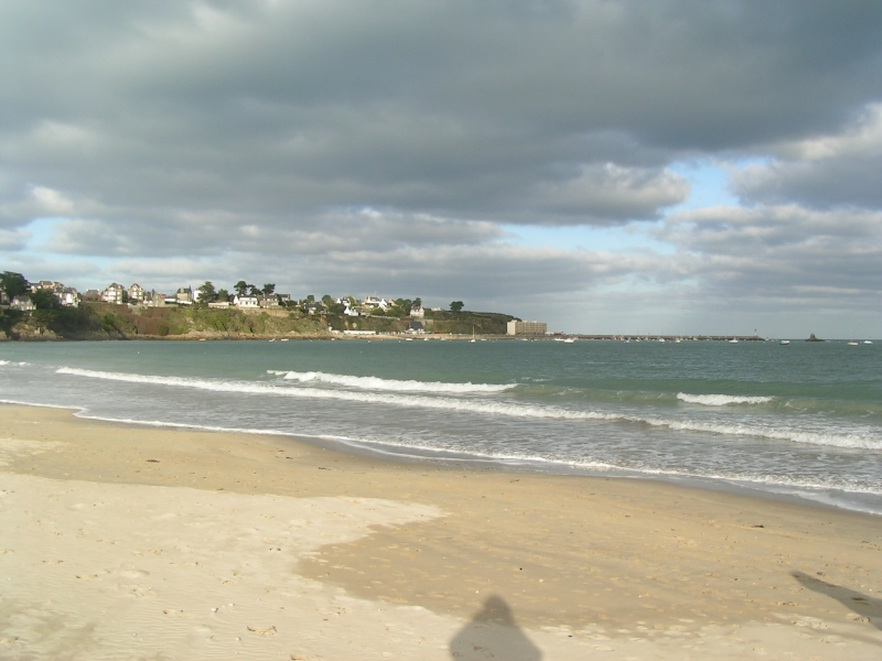 Child-friendly beaches across the Northern coastline of Brittany...