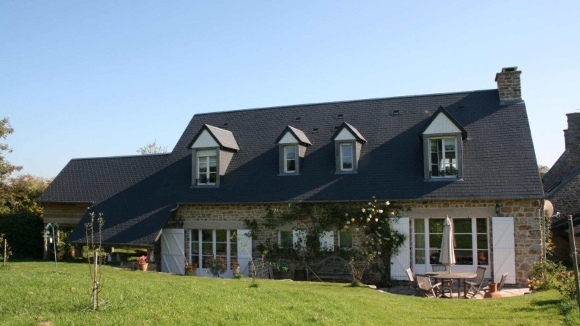 3 Bedroom Private cottage in Normandy, France