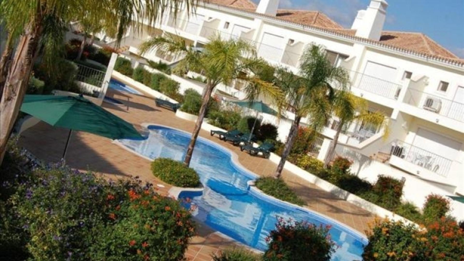 2 Bedroom Villa/shared facilities in  Portugal