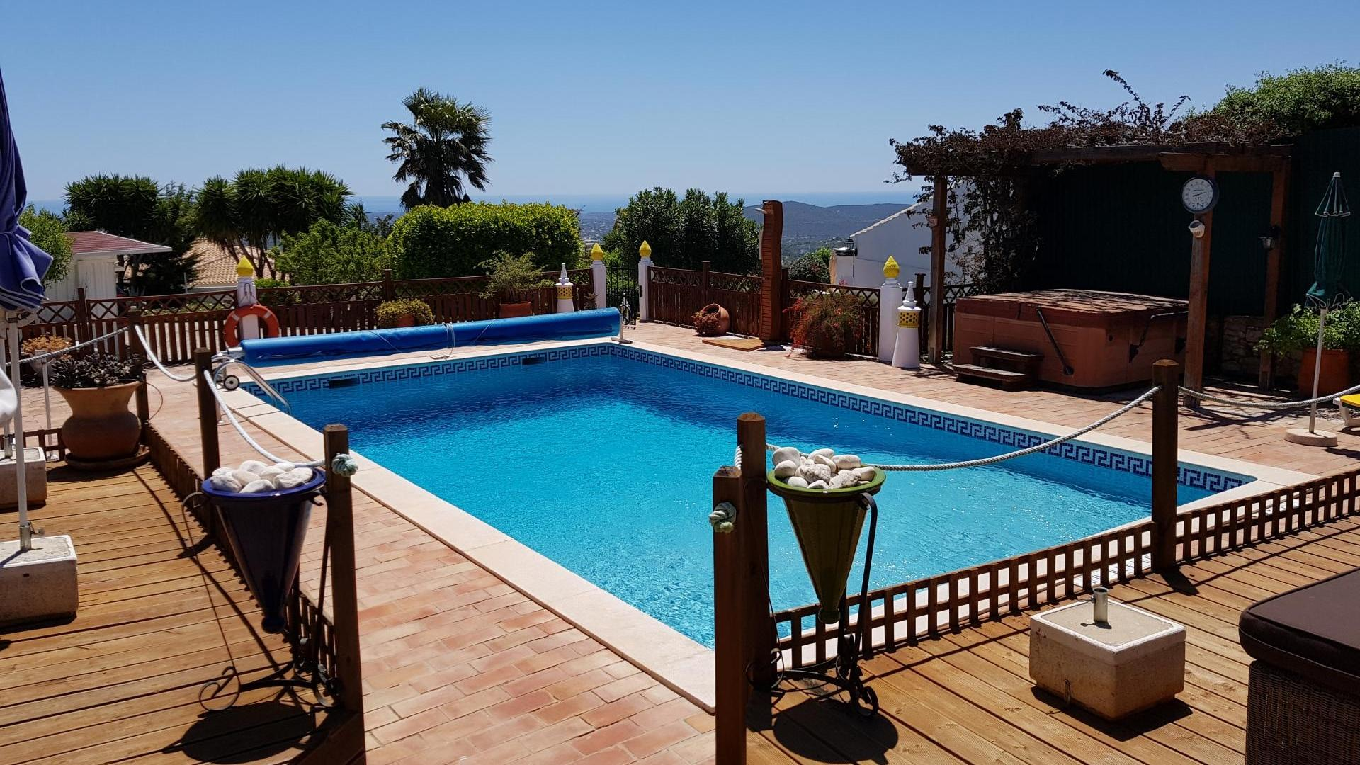 2 Bedroom Cottage/shared facilities in  Portugal