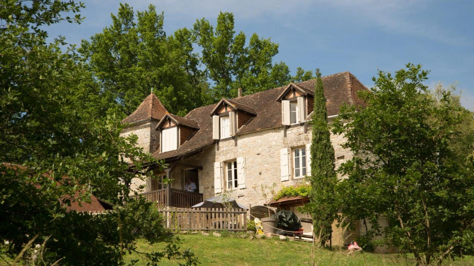 3 Bedroom Cottage/shared facilities in Midi-Pyrenees, France