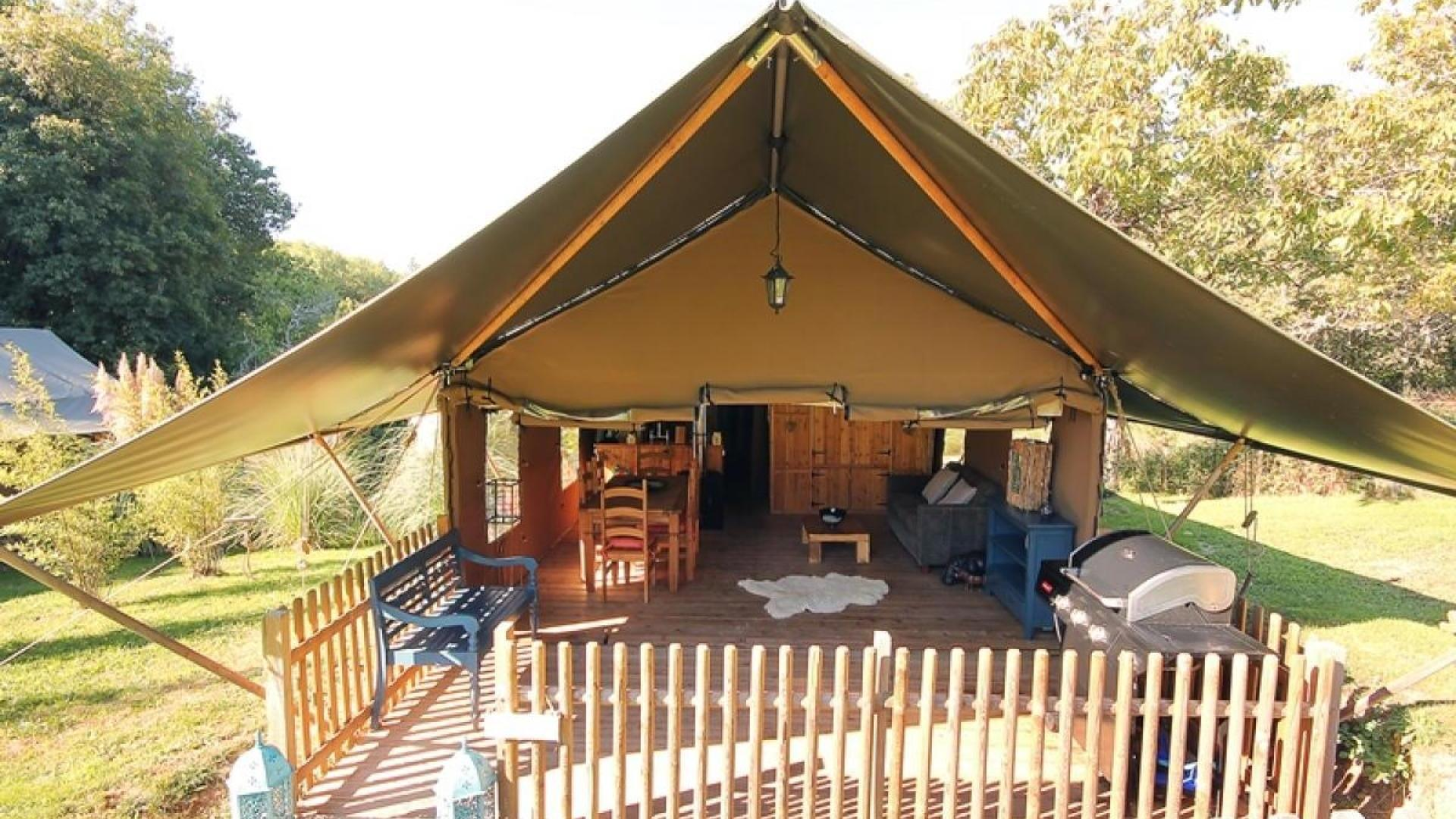 3 Bedroom Glamping/Tent in Midi-Pyrenees, France