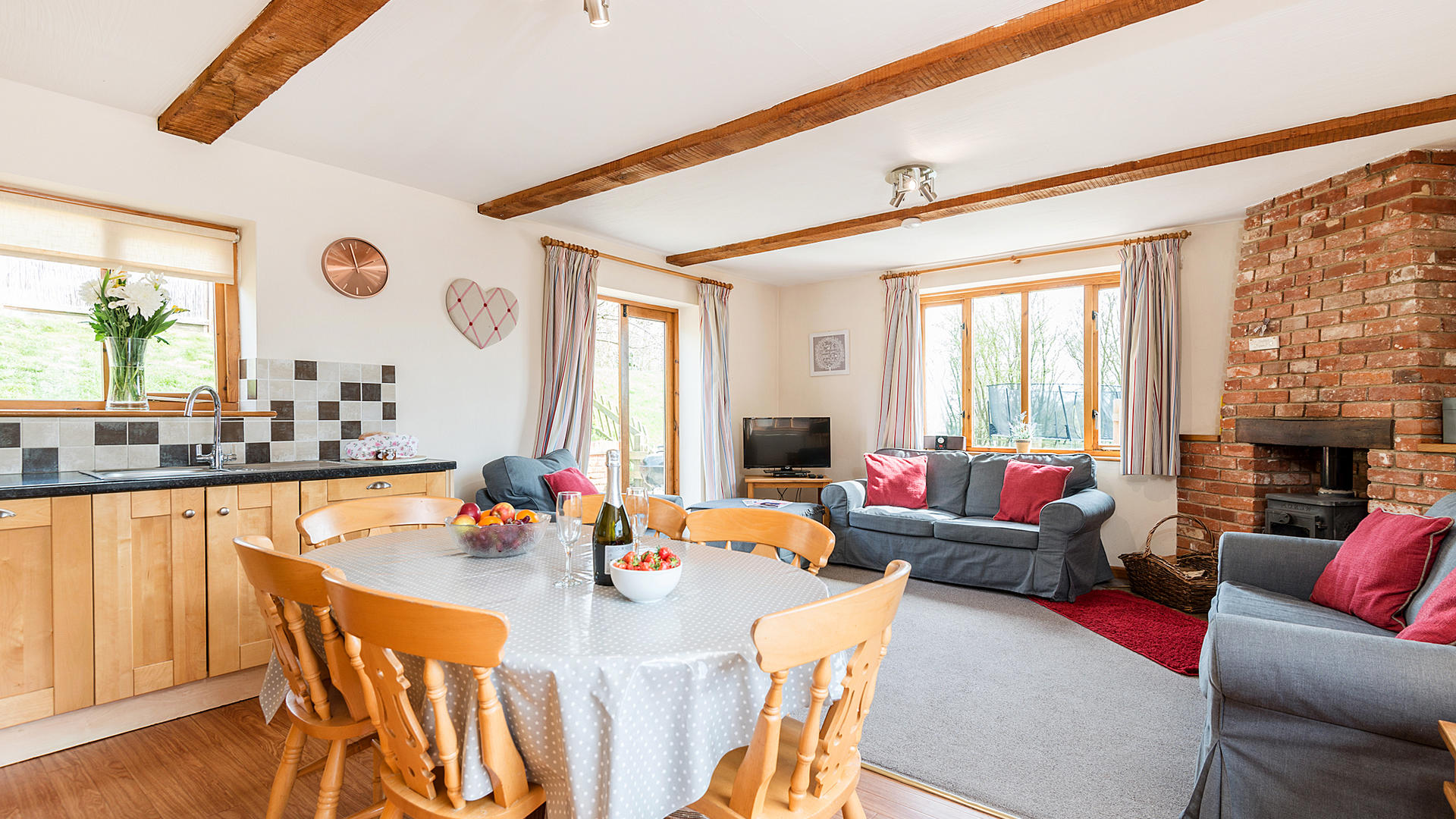 3 bedroom child friendly cottage Suffolk - SBCo