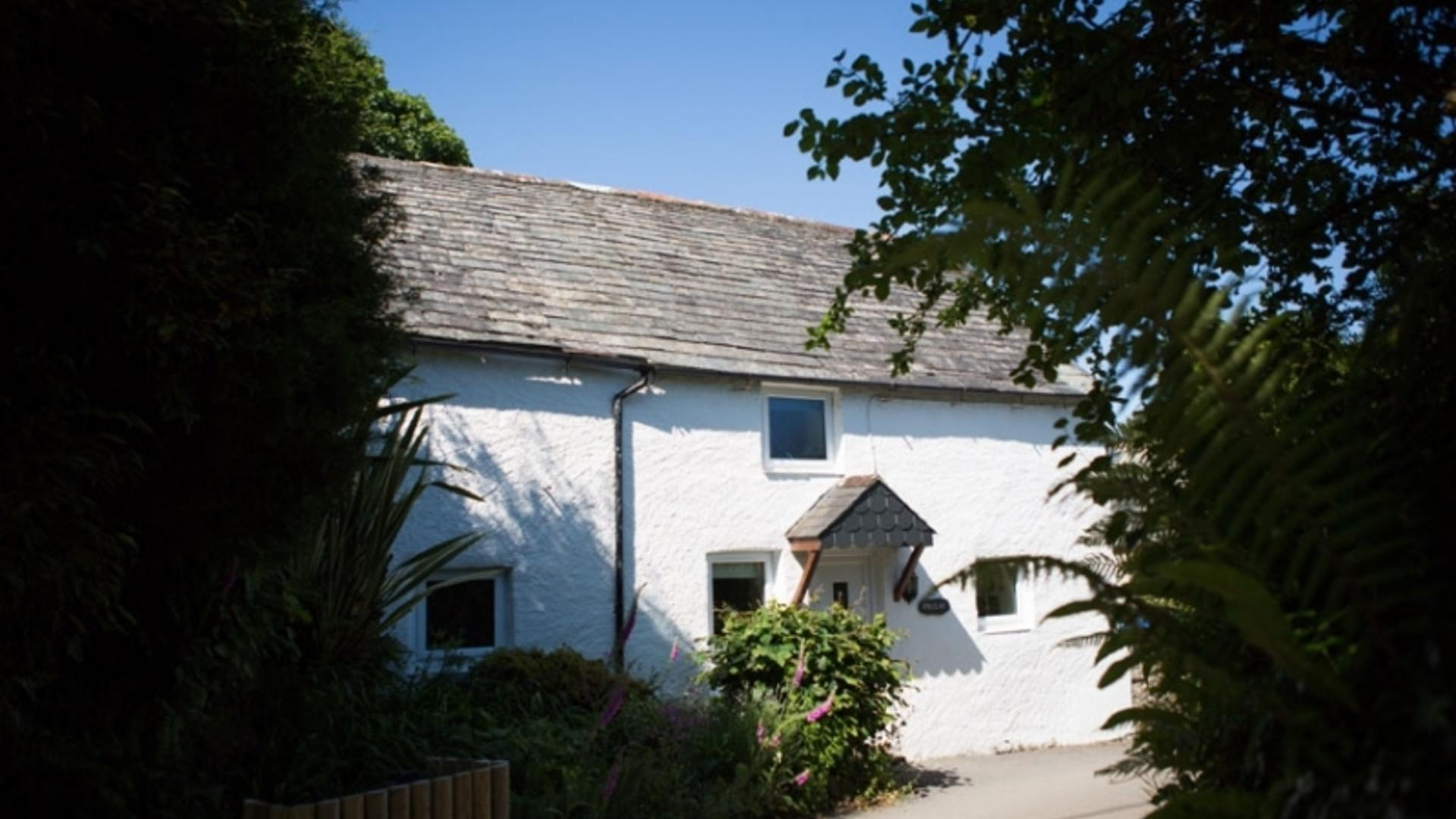2 Bedroom Private cottage/shared facilities in Cornwall, United Kingdom