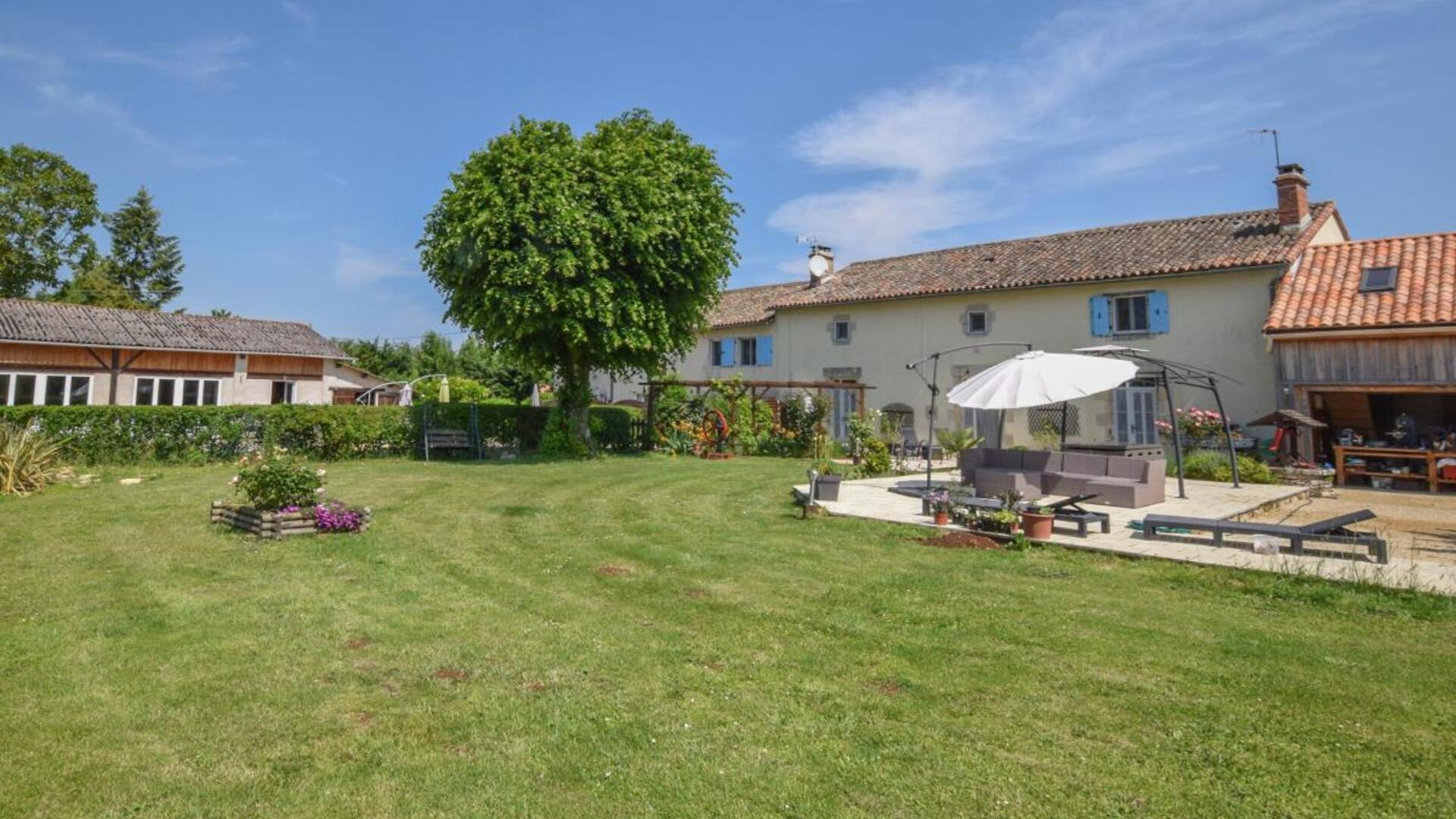 Two bedroom self-catering holiday cottages in Brux