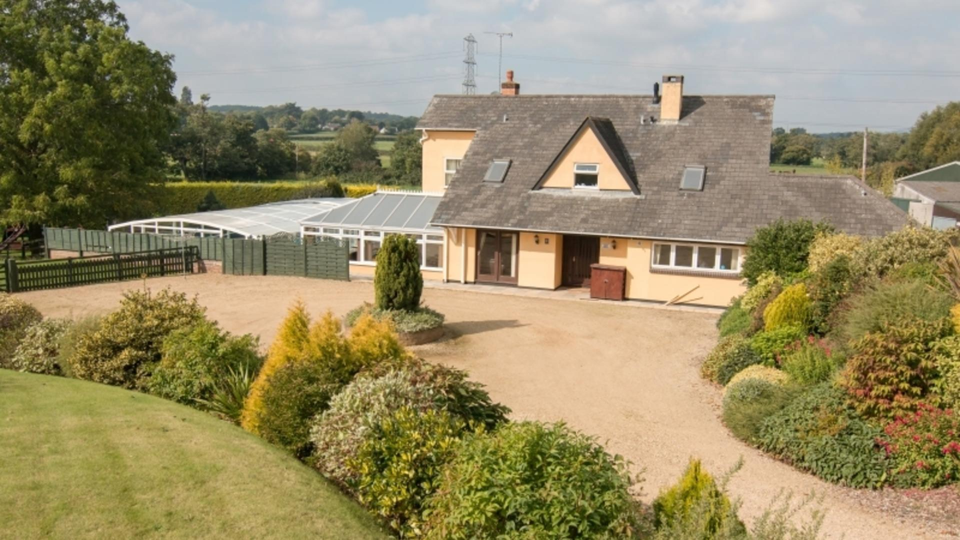 5 Bedroom Private house in Somerset, United Kingdom