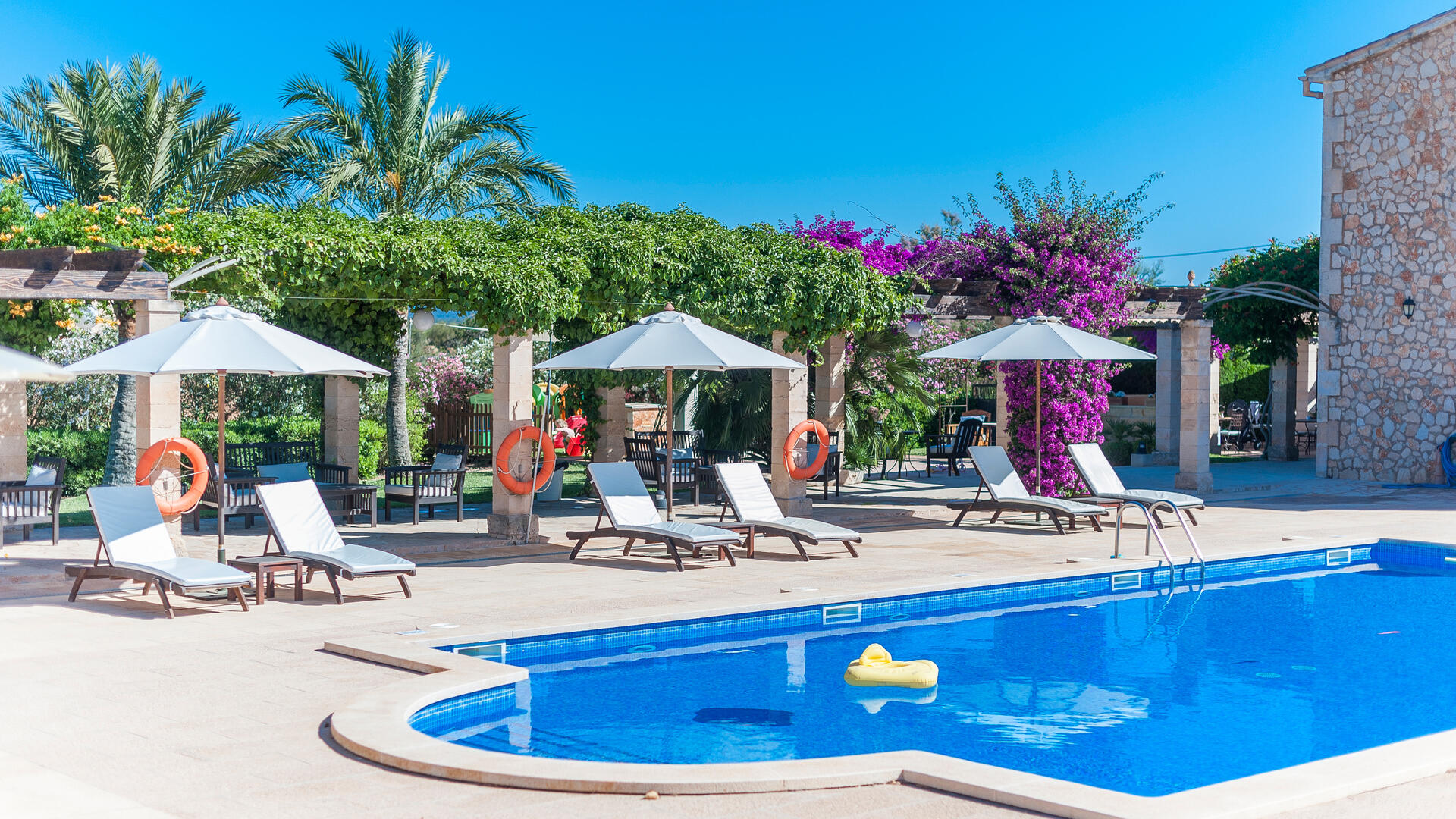 Hotel Migjorn, small family-friendly hotel in Mallorca