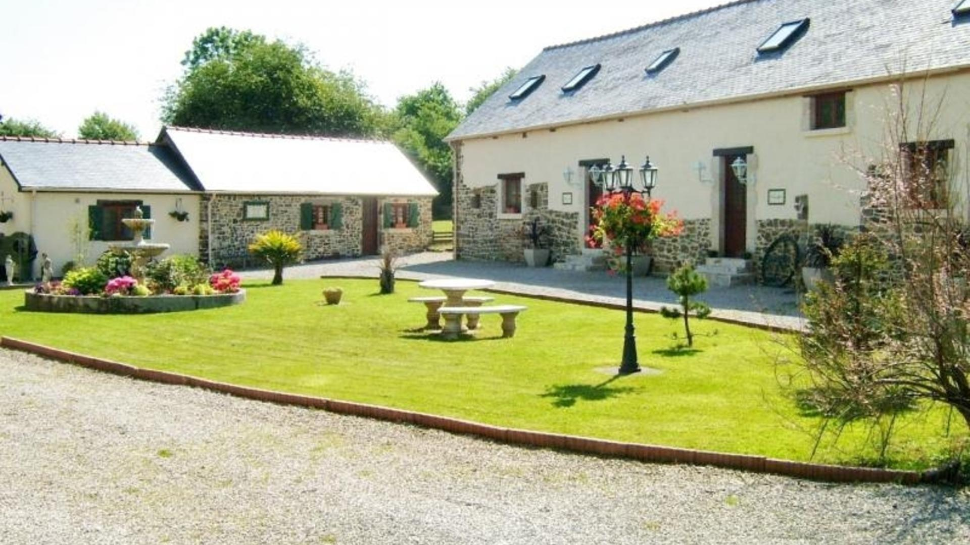 Three bedroom child-friendly holiday cottage Normandy – Grange Cottage