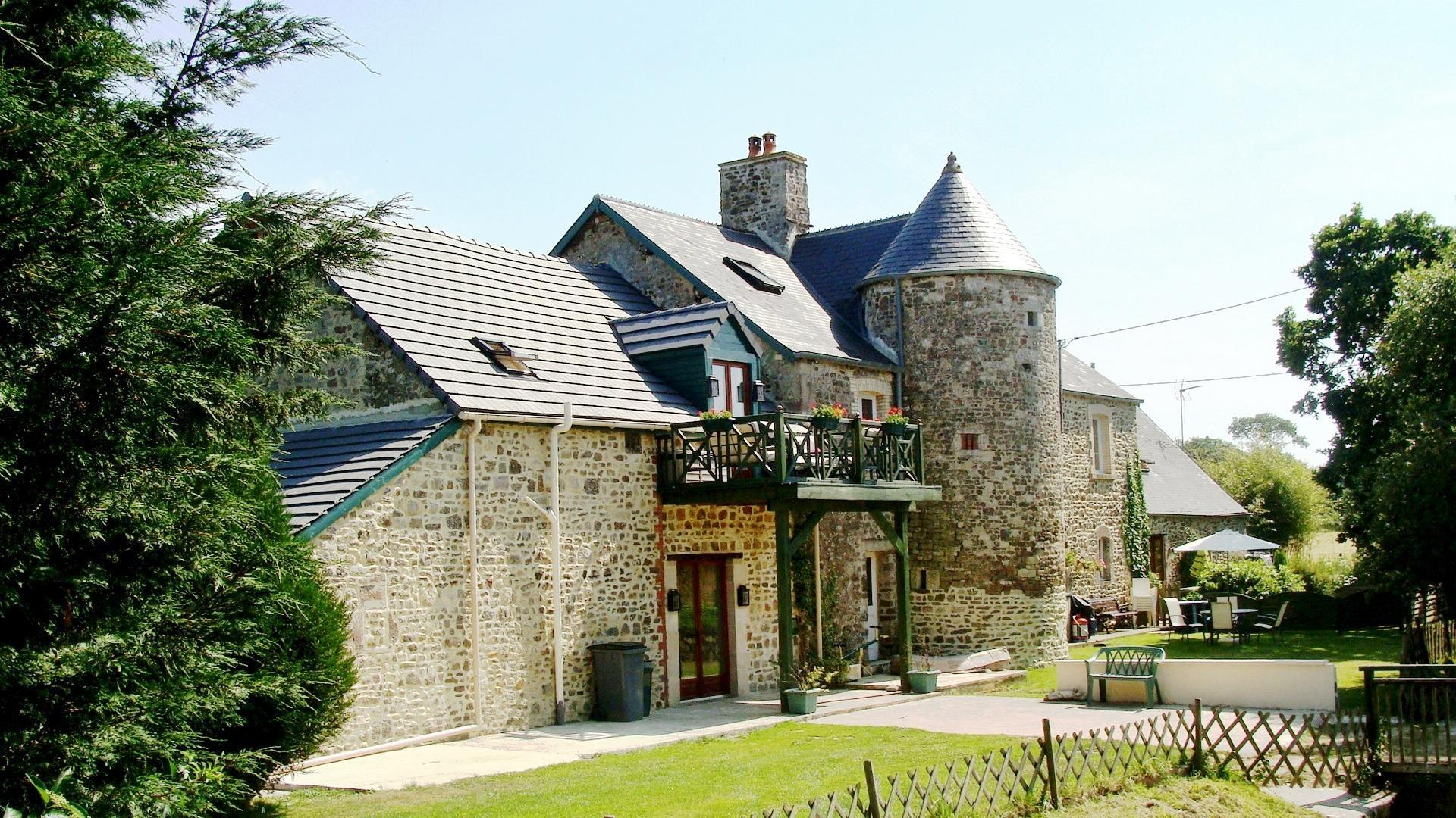 3 bedroom toddler friendly cottage Normandy – APRC