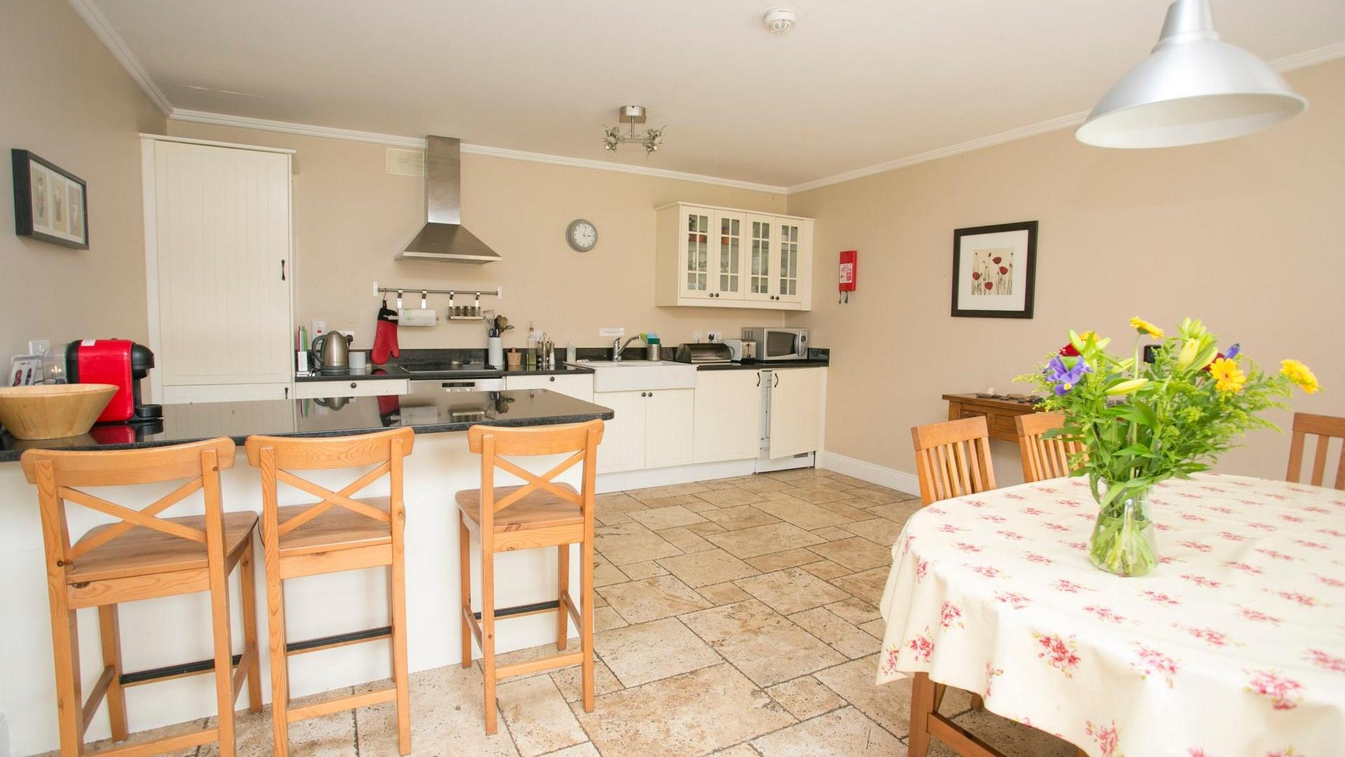 2 Bedroom Cottage/shared facilities in  Ireland