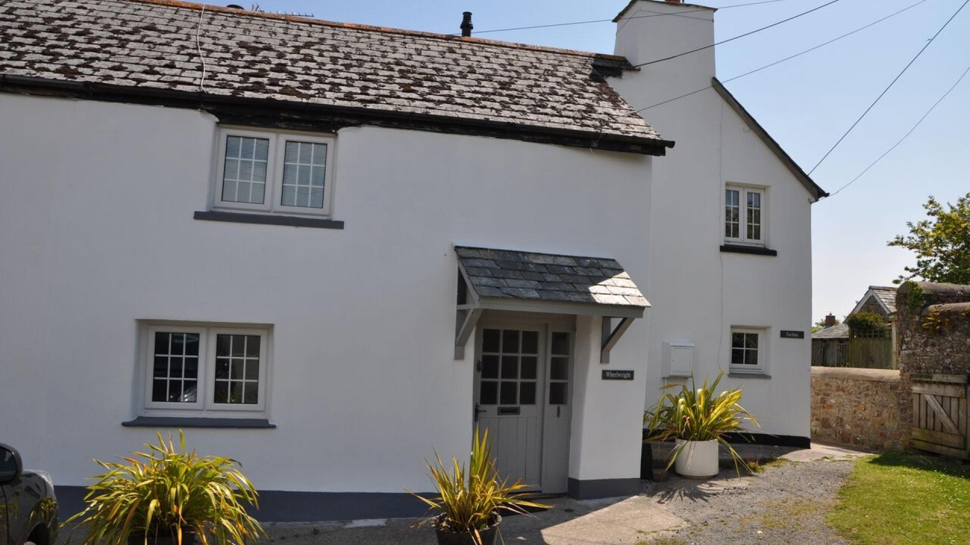 2 Bedroom Private house/shared grounds in Cornwall, United Kingdom