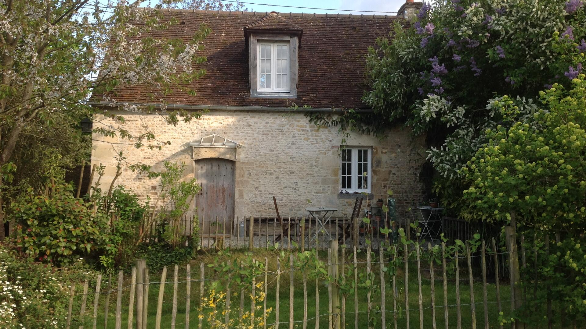 One bedroom baby friendly bolthole in Normandy, France � SCLC