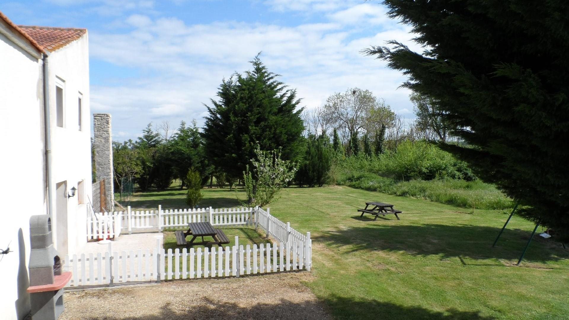 2 bedroom toddler-friendly holiday cottage near beaches, France - PFDU
