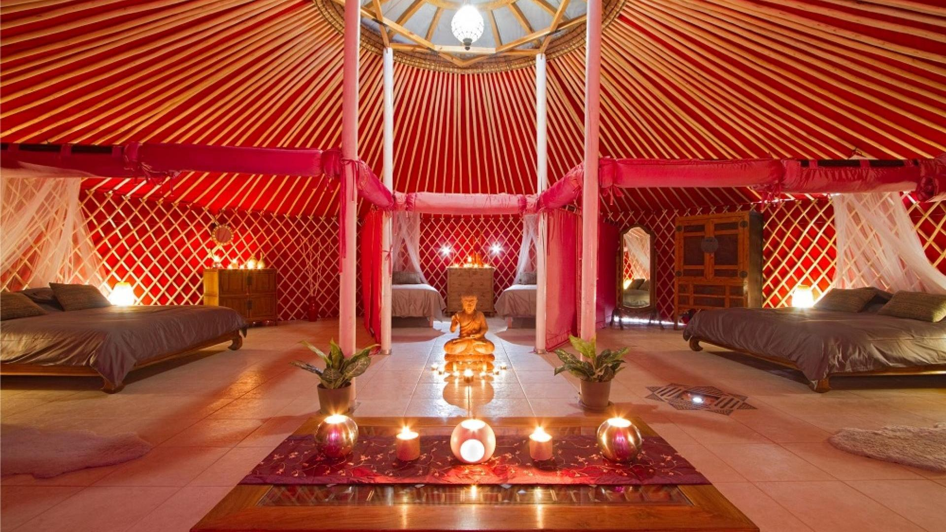 Family-friendly holiday yurts in Lanzarote - LTYU