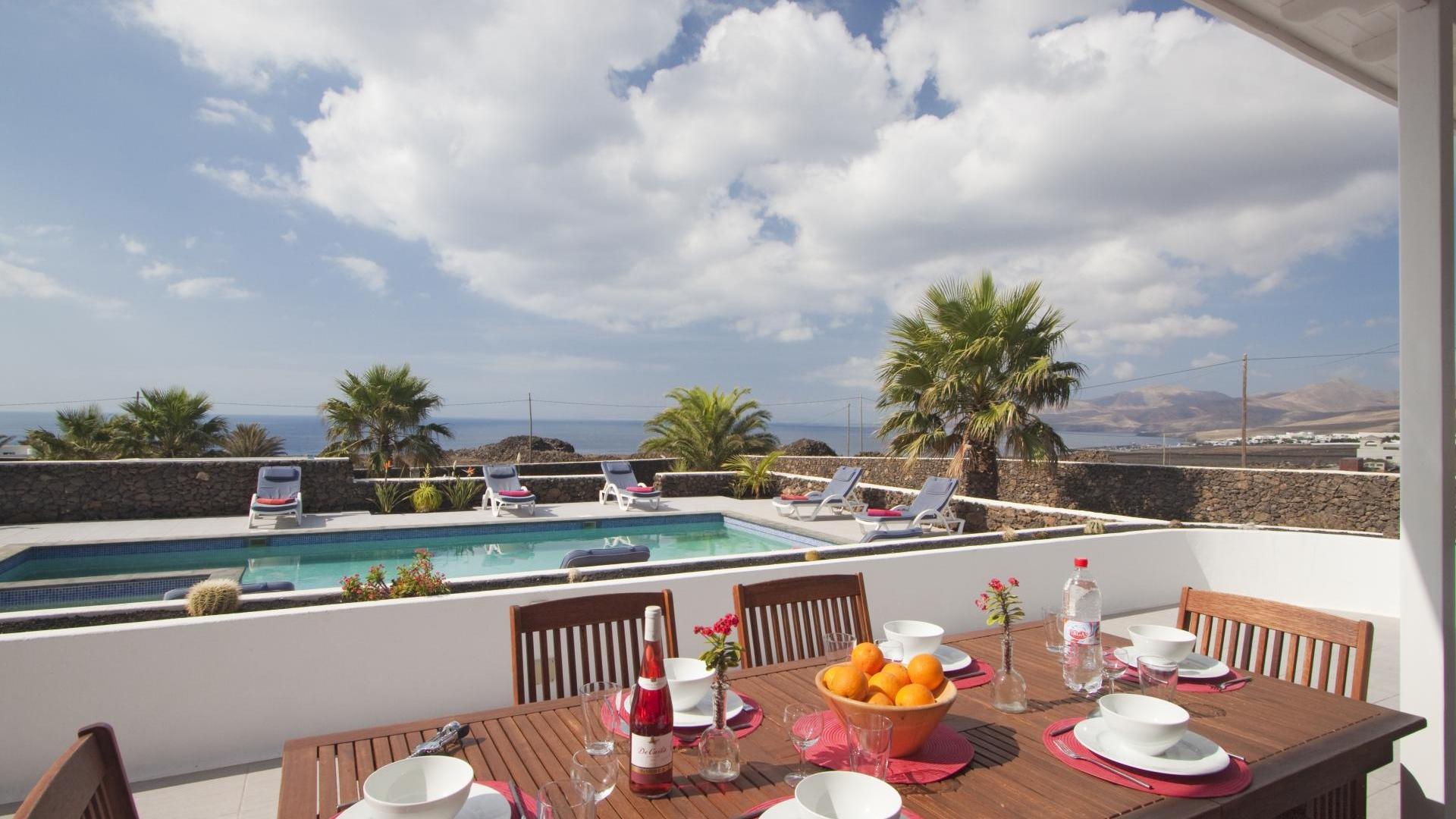 Villas las Palmitas is private family-friendly villa in Lanzarote