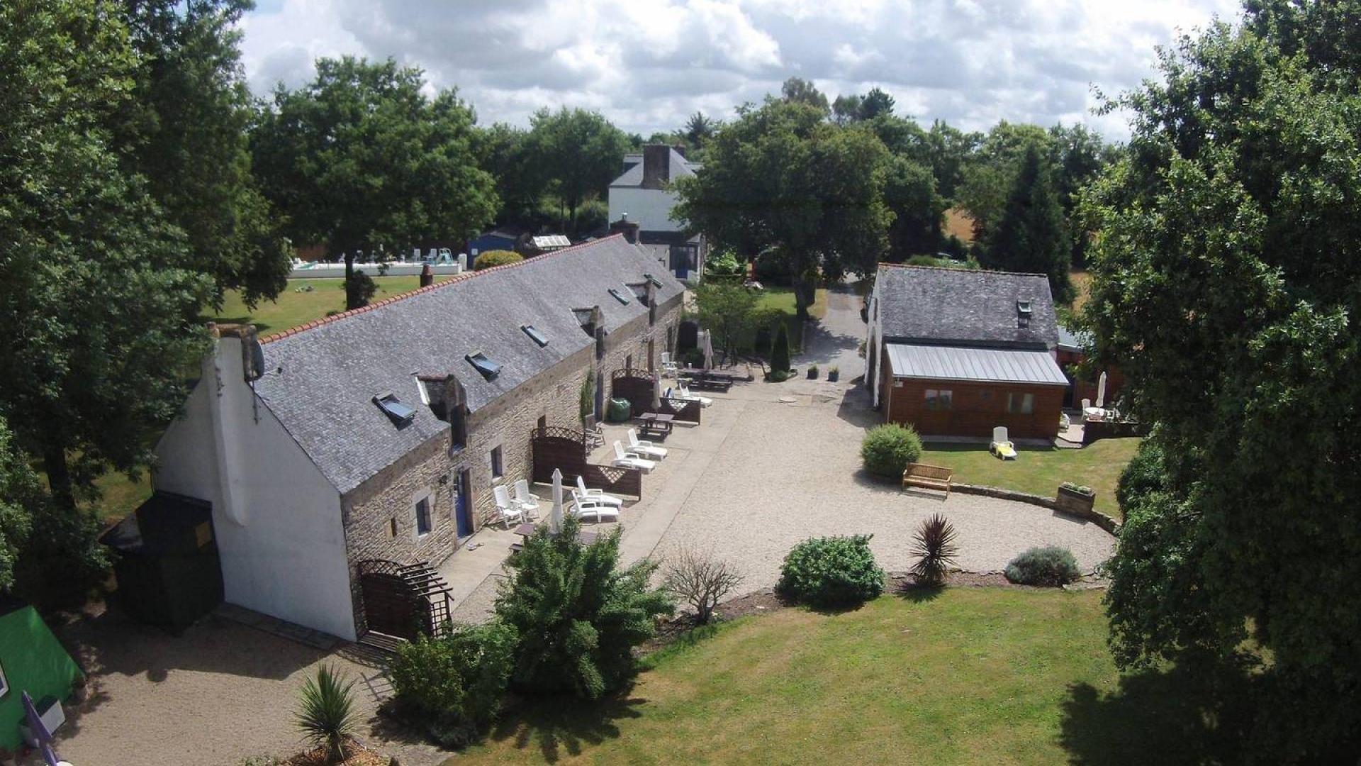 2 bedroom toddler-friendly holiday cottage Brittany – JAOR