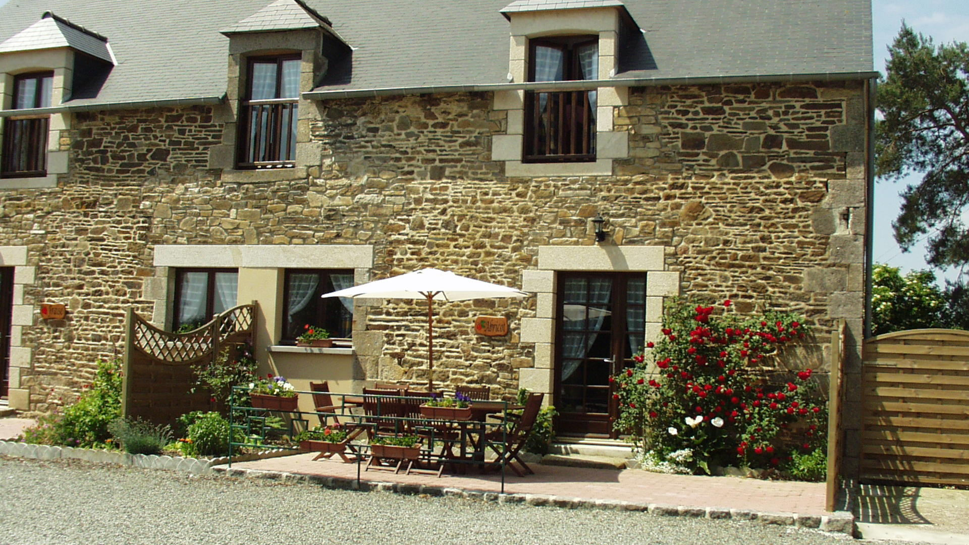 3 bedroom family friendly holiday cottage in Brittany – CHA