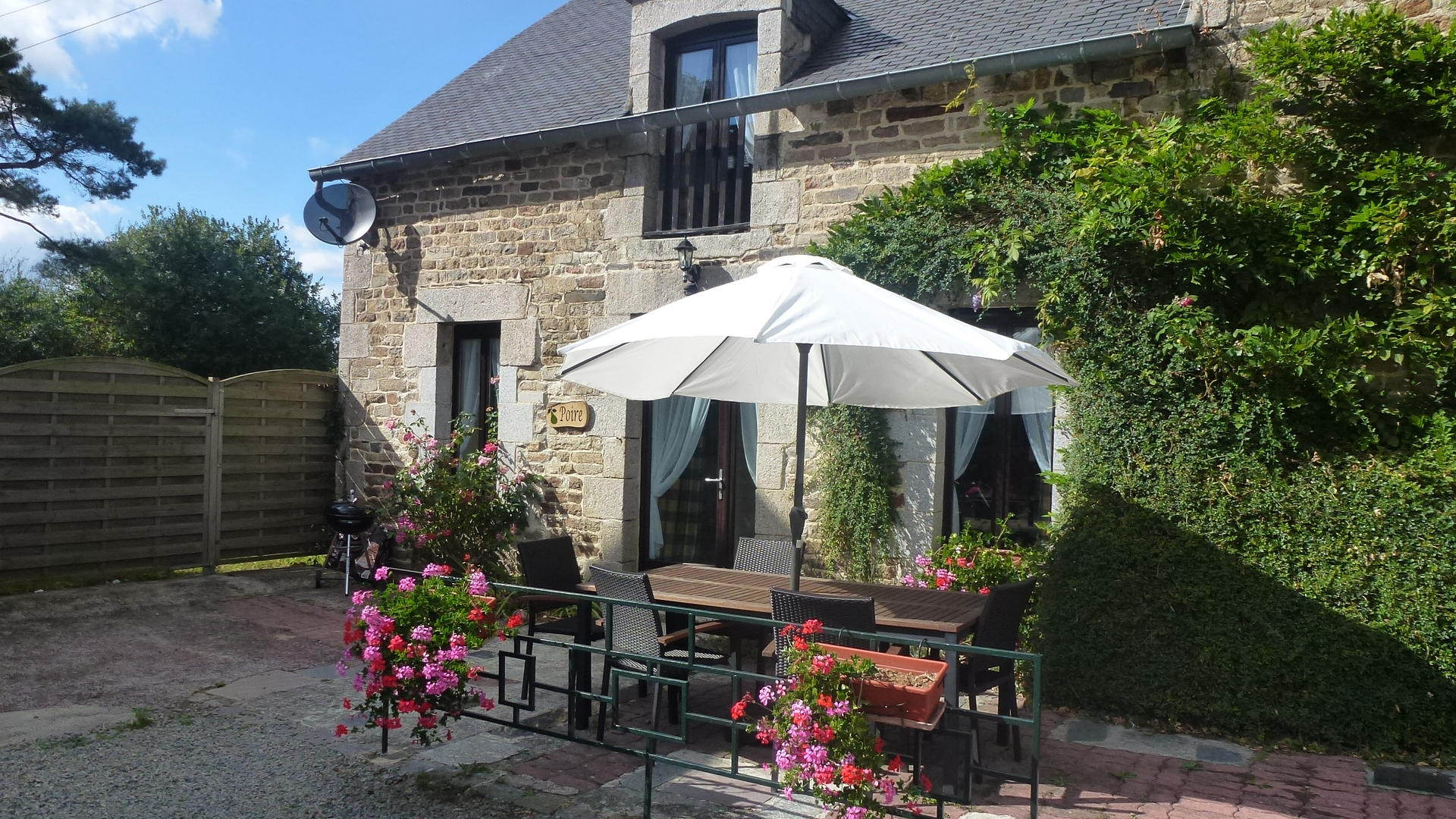 Self-catering holiday cottage in Brittany - CHP