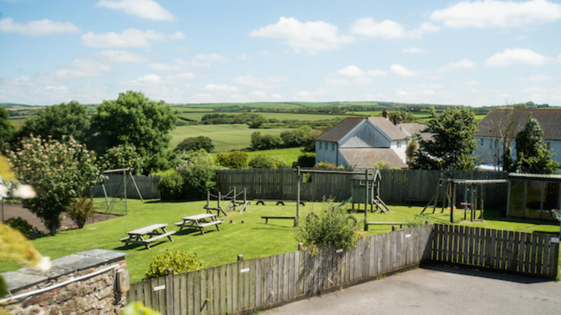 Child-friendly holiday close to beaches in Cornwall with swimming pool