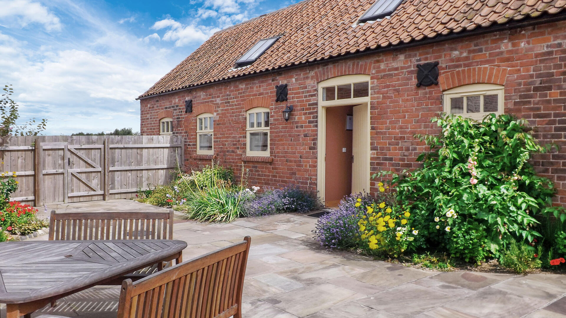 2 Bedroom Cottage/shared grounds in Yorkshire, United Kingdom