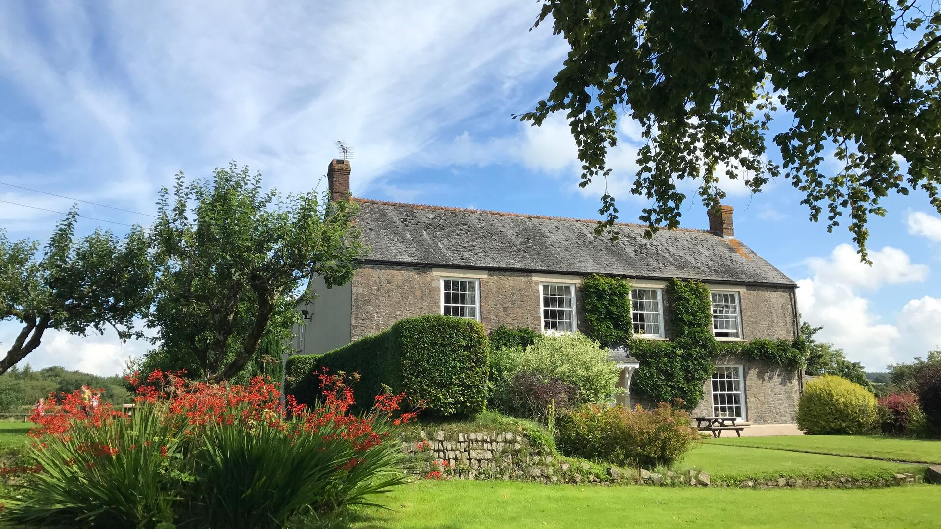 7 Bedroom Cottage complex in Devon, United Kingdom