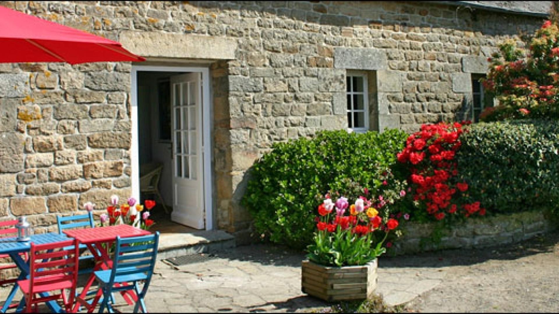 Gites en Tregor, child-friendly holiday cottages in Brittany